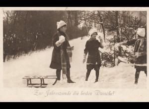 Ansichtskarte Kinder Schlitte, Schnee, Feldpost Ober Matrose, Halbflottille